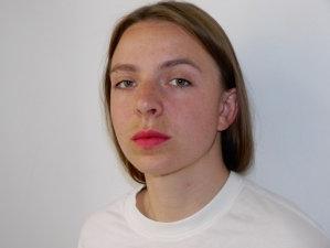 Porträt von Laura Bleck, Filmemacherin