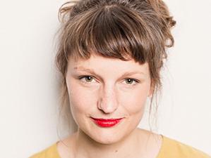 Portrait of Nele Dehnenkamp.