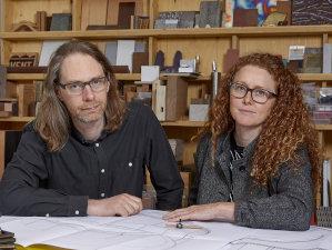 Porträt von Semiconductor (Ruth Jarman und Joe Gerhardt), Filmemacher